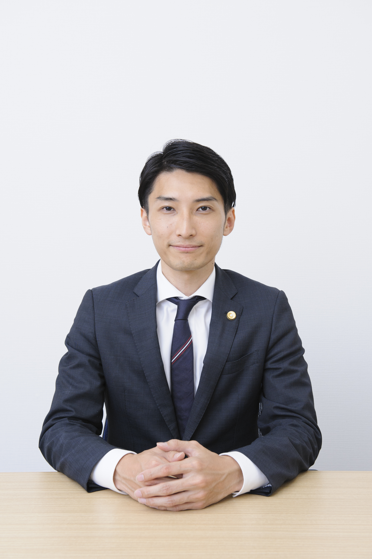 弁護士木村隆輔